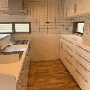 広々としたくつろぎ空間へーキッチン2