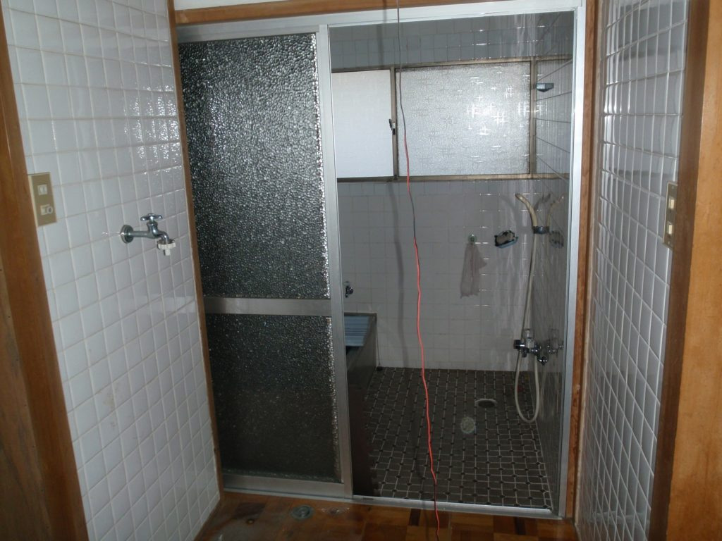 中古リノベーション浴室Before