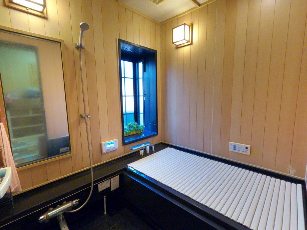 水回りのリフォーム(浴室before)